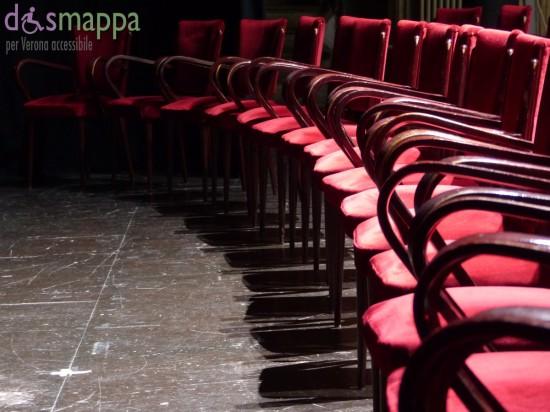 Le sedie di velluto rosso dismappa per verona accessibile for Sedie in velluto