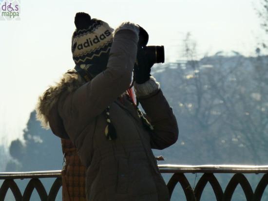 foto turista teatro romano verona