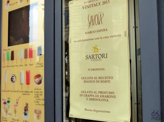 specialità di gelati per il vinitaly alla gelateria savoia in via roma a verona
