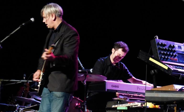 Foto del concerto e video di Avanzate, ascoltate di Paolo Benvegnù ieri sera al Teatro Romano per il Mompracem Music Festival