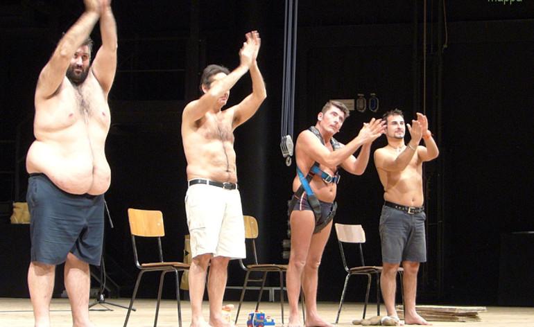 Meritatissimi lunghi applausi per Pinocchio di Babilonia Teatro e gli amici di Luca al Teatro Camploy di Verona