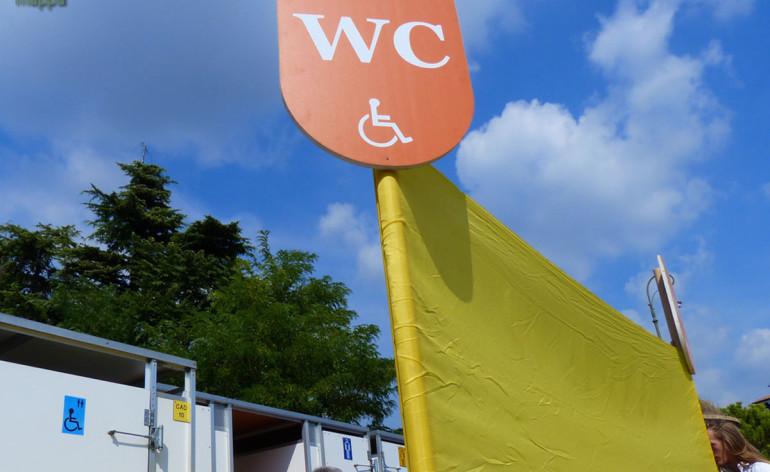 Bagni mobili per disabili nella norma uni en 16194 - Obbligo bagno disabili attivita commerciale ...