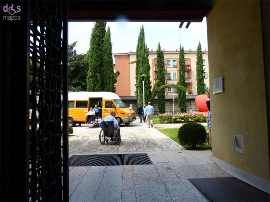 Disabili in carrozzina al giardino della Tomba di Giulietta a Verona