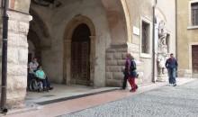 Il Centro Internazionale di Fotografia già chiuso per i disabili