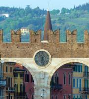 20160420-Benvenuti-Verona-Portoni-Bra-colline-dismappa