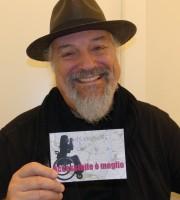 Eugenio Finardi, a Verona per partecipare all'incontro Generazioni (organizzato dall'Ordine degli Ingegneri al Teatro Ristori), testimone di accessibilità per dismappa.