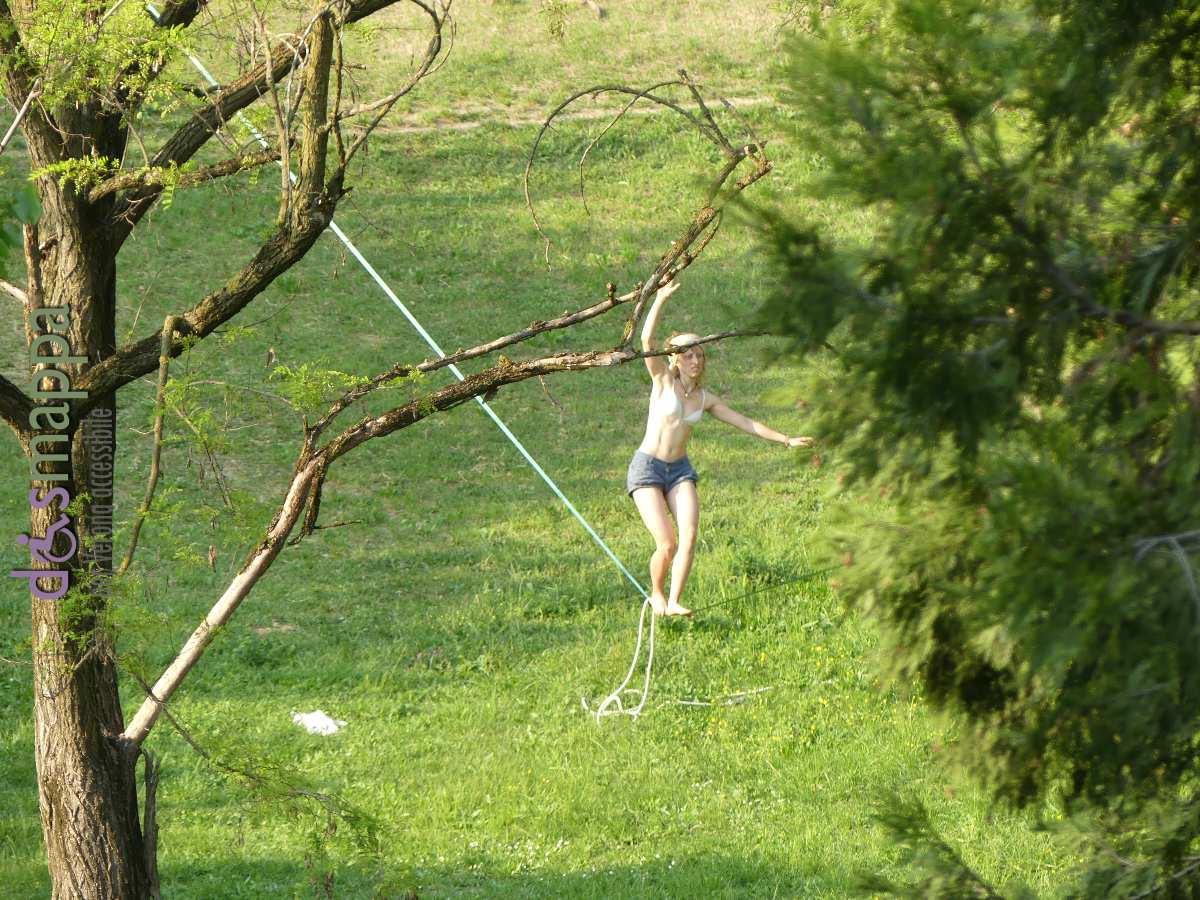 Slackline al parco delle Colombare | disMappa per Verona accessibile