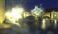 Effetto psichedelico per la webcam sotto la pioggia
