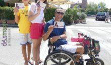 La famiglia su ruote per Accessibile è meglio