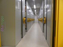 il corridoio con le scaffalature scorrevoli a binario - Archivio di stato di Verona