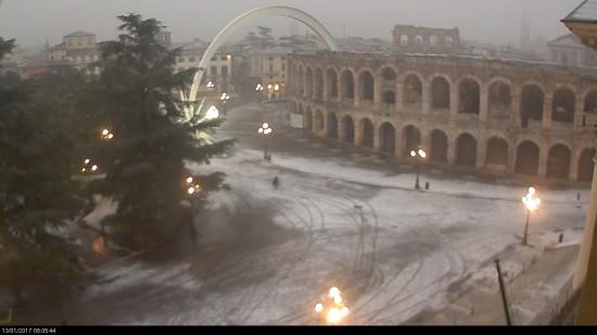 20170113 Neve Piazza Bra Arena Verona webcam