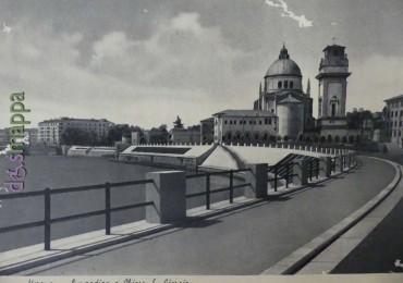 Cartolina panoramica Lungadige San Giorgio a Verona anni 1950