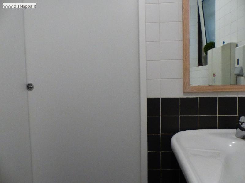 Bagno disabili ristorante pizzeria olivo 1939 dismappa per verona accessibile - Porta bagno disabili ...