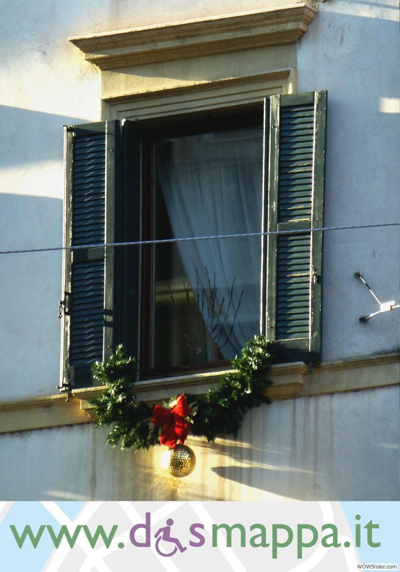 finestra in via roma